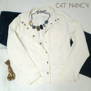 CHICO'S - White Lightning Classic Jean Jacket!